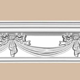Плинтус потолочный с рисунком DECOMASTER 95603 (105*61*2400мм)