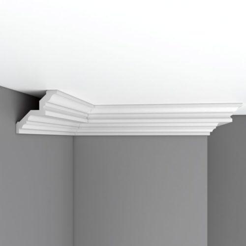 Плинтус потолочный гладкий DECOMASTER DP377 (84*84*2400мм)